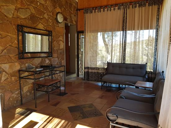 Blyde Canyon, A Forever Resort: 4-Sleeper Chalet. 2 bedrooms (1 double bed & 2 single beds)
