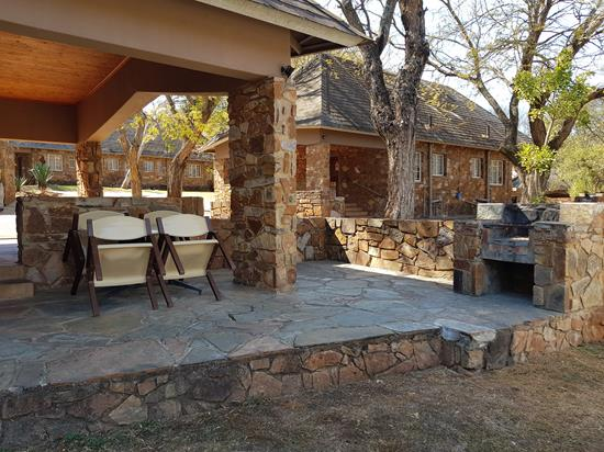 Blyde Canyon, A Forever Resort: 4-Sleeper Chalet. 2 bedrooms (4 single beds)